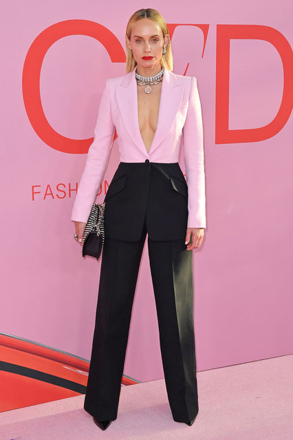 US model Amber Valletta arrives for the 2019 CFDA fashion awards at the Brooklyn Museum in New York City on June 3, 2019. (Photo by Angela Weiss/AFP Photo)