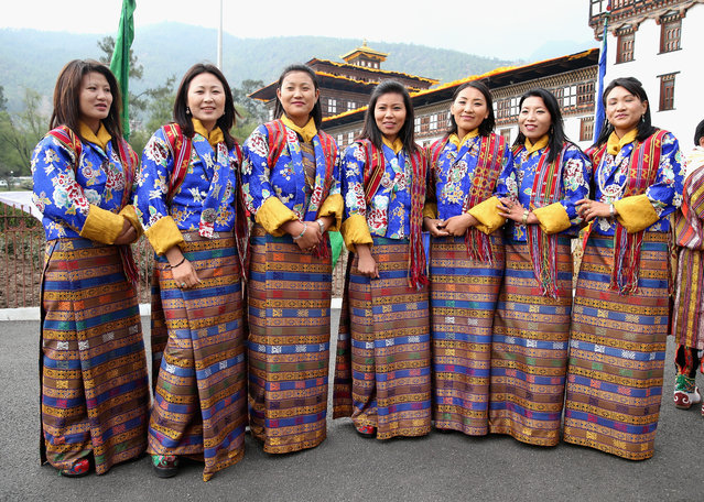 Butanese prepare to take part in a ceremonial Chipdrel in the Tashichhodzong (fortress) on the first day of a two day visit to Bhutan on the 14th April 2016 in Paro, Bhutan. The Royal couple are visiting Bhutan as part of a week long visit to India and Bhutan that has taken in cities such as Mumbai, Delhi, Kaziranga, Bhutan and Agra. (Photo by Chris Jackson/Getty Images)