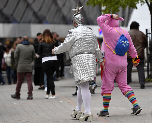 Eurovision fans walks to the Globen Arena prior the first the Eurovision Song Contest final in Stockholm, Sweden, Saturday, May 14, 2016. (Photo by Martin Meissner/AP Photo)