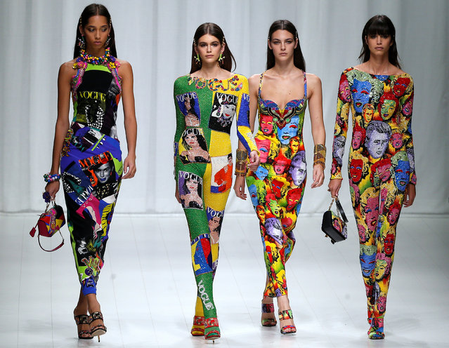 Models display creations from the Versace Spring/Summer 2018 show at Milan Fashion Week in Milan, Italy, September 22, 2017. (Photo by Stefano Rellandini/Reuters)