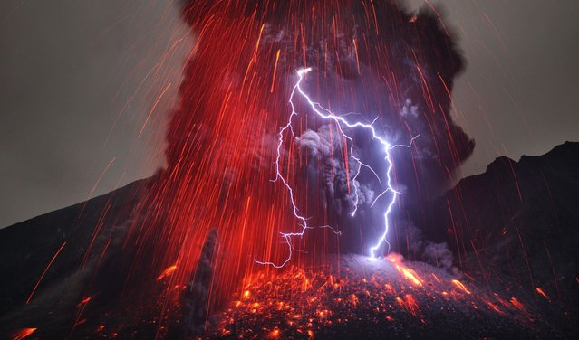 "Lightning only ever strikes a volcanic eruption during heavy ""vulcanian"" or ""plinian"" explosions when the amount of red lava is very low. (Photo by Martin Rietze/Guzelian)"