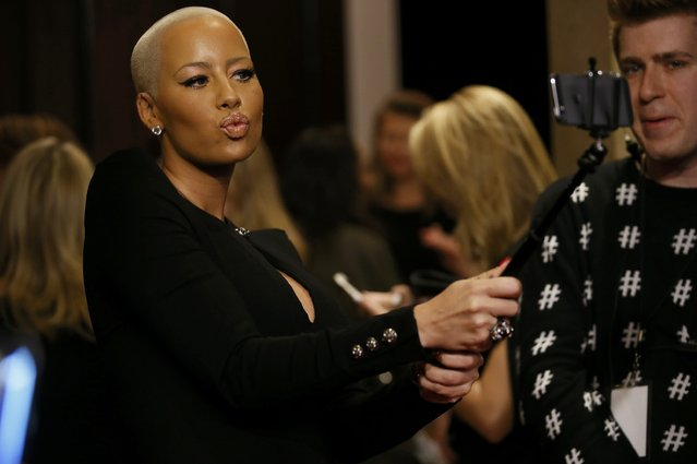 Model Amber Rose arrives at the People Magazine Awards in Beverly Hills, California December 18, 2014. (Photo by Danny Moloshok/Reuters)
