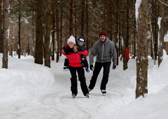 People skate at the Domaine de la Foret Perdu or the Lost Forest, a 15km weaving and zambonied forest trail made for skating in Notre-Dame-du-Mont-Carmel, near Three Rivers, Quebec January 29, 2017. (Photo by Christinne Muschi/Reuters)