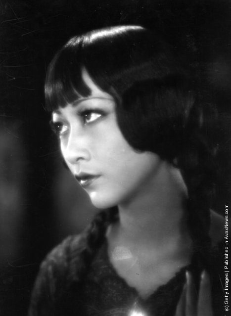 1933: Anna May Wong (1907 - 1961) the stage name of Wong Liu Tsong, the American-Chinese actress, also known as Butterfly Wu