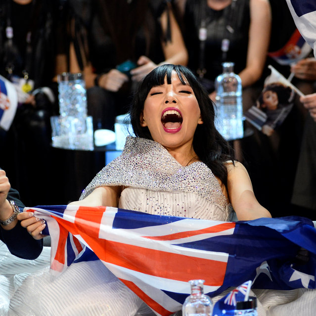 Australia's Dami Im and her team cheer in the Green Room during the Eurovision Song Contest 2016 semi-final 2 at the Ericsson Globe Arena in Stockholm, Sweden May 12, 2016. (Photo by Maja Suslin/Reuters/TT News Agency)