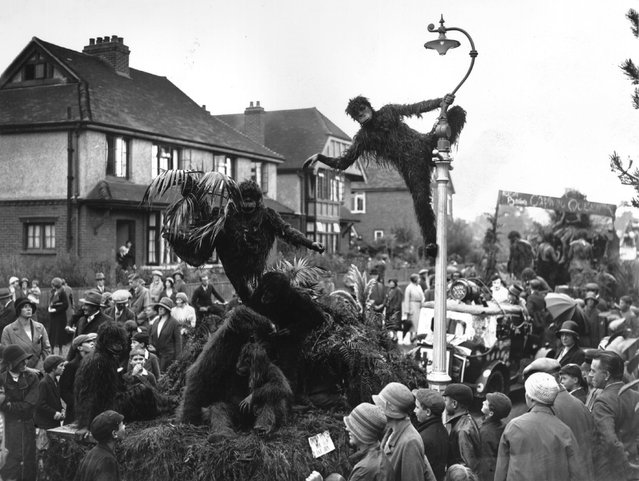 A monkey-themed float on the streets of Reigate in Surrey during carnival time. 7th September 1932. (Photo by J. Gaiger)