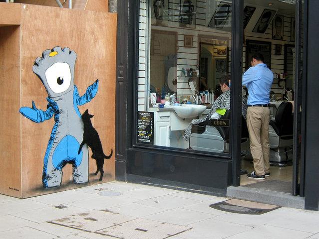 """Teddy Baden"". Whitecross Street, UK. (Photo by Mike Panayi)"