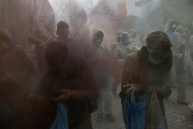 "A ""flour war"", a traditional festivity marking the end of the carnival season and the start of the 40-day Lent period until the Orthodox Easter, in the port town of Galaxidi, Greece February 19, 2018. (Photo by Alkis Konstantinidis/Reuters)"