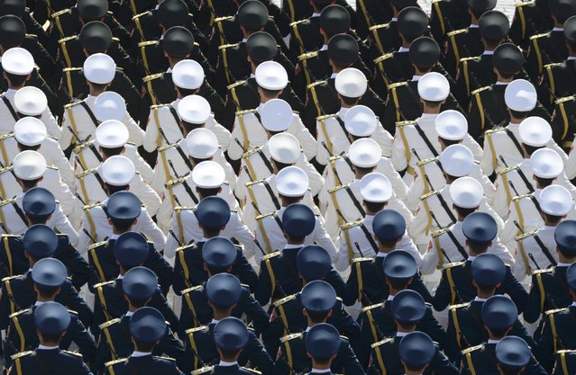 Chinese servicemen take part in the Victory Day parade at Red Square in Moscow, Russia, May 9, 2015. (Photo by Reuters/Host Photo Agency/RIA Novosti)