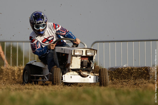 Lawn Mower Endurance Race