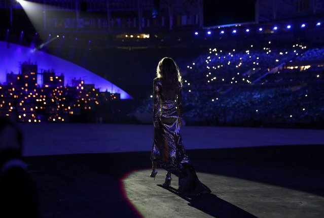 2016 Rio Olympics, Opening ceremony, Maracana, Rio de Janeiro, Brazil on August 5, 2016. Brazilian top model Gisele Bundchen takes part in the opening ceremony. (Photo by Kai Pfaffenbach/Reuters)