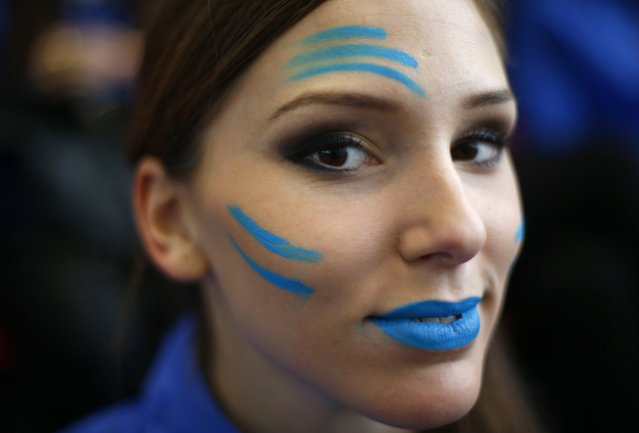 Miss Slovakia Laura Longauerova wears face paint during the Miss World sports competition at the Lee Valley sports complex in north London, November 26, 2014. (Photo by Andrew Winning/Reuters)