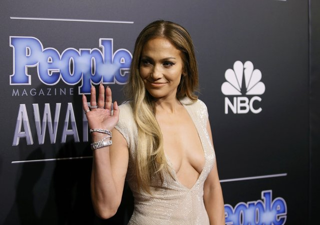 Singer Jennifer Lopez arrives at the People Magazine Awards in Beverly Hills, California December 18, 2014. (Photo by Danny Moloshok/Reuters)