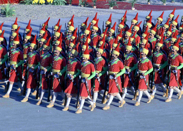 Iranian Army troops dressed as Persian warriors of the past, parade before a large gathering of the world's royalty and heads of state, at celebrations in Tehran, October 13, 1971, to mark the founding of the Persian Empire, 2,500 years ago. (Photo by AP Photo)