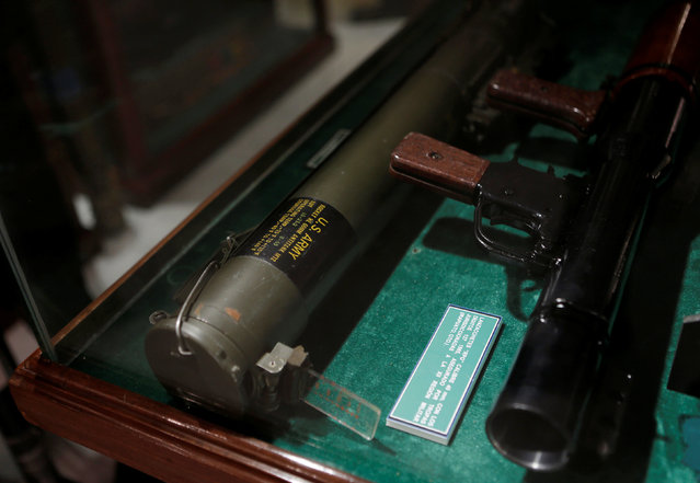 A rocket 66MM Antitank M72 (L) is displayed in the Drugs Museum, used by the military to showcase to soldiers the lifestyles of Mexican drug lords, at the headquarters of the Ministry of Defense in Mexico City, October 14, 2016. (Photo by Henry Romero/Reuters)