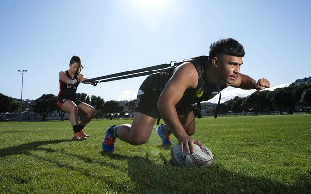 Hurricanes player Xavier Numia and Black Ferns player Marcelle Parkes train in isolation at Polo Ground Park due to the coronavirus lockdown on May 06, 2020 in Wellington, New Zealand. New Zealand has been in lockdown since Thursday 26 March following tough restrictions imposed by the government to stop the spread of COVID-19 across the country. (Photo by Hagen Hopkins/Getty Images)
