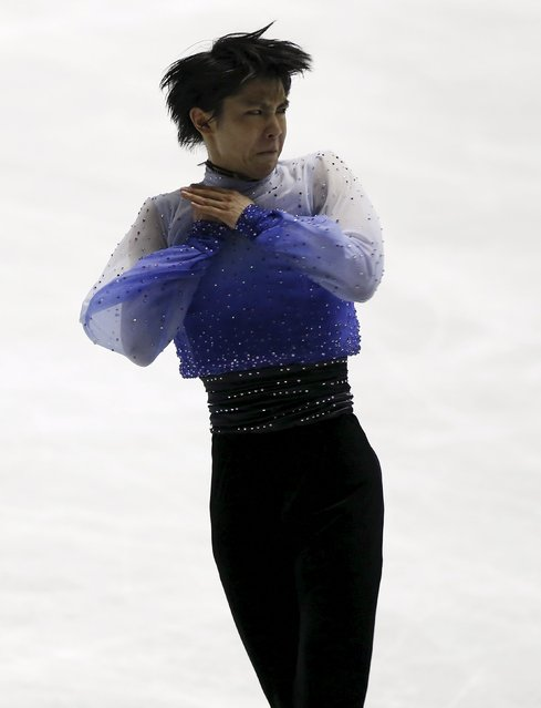 Yuzuru Hanyu of Japan competes during the men's short program at the ISU World Team Trophy in Figure Skating in Tokyo April 16, 2015. (Photo by Yuya Shino/Reuters)