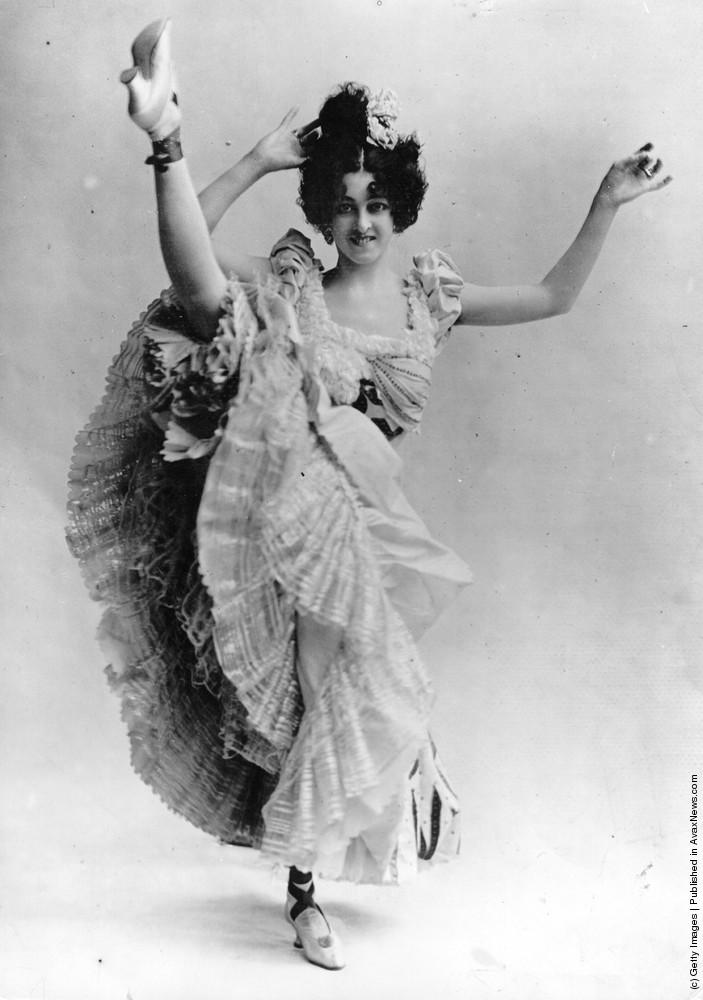 Cabaret Dancers 1900–1930