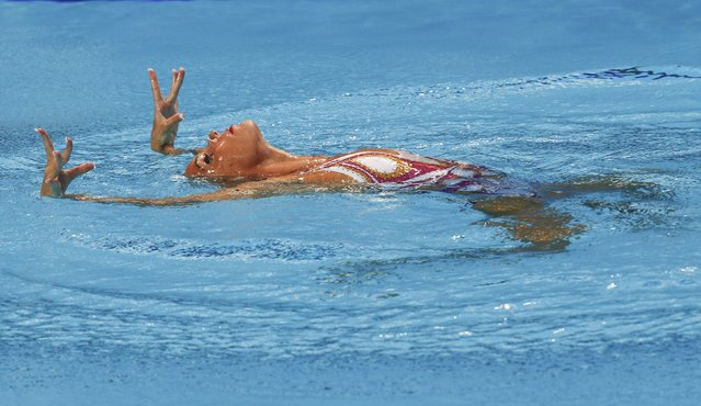 Ona Carbonell of Spain performs in the synchronised swimming solo technical final at the Aquatics World Championships in Kazan, Russia July 25, 2015. (Photo by Michael Dalder/Reuters)