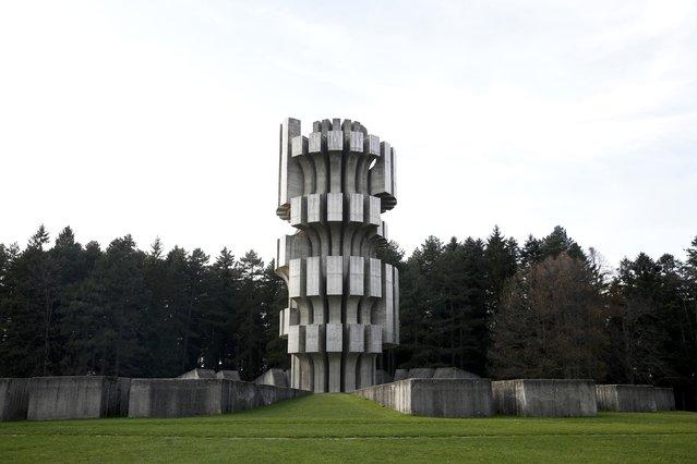 "General view of the memorial monument ""Mrakovica"" in Kozarac, Bosnia, November 10, 2014. (Photo by Dado Ruvic/Reuters)"