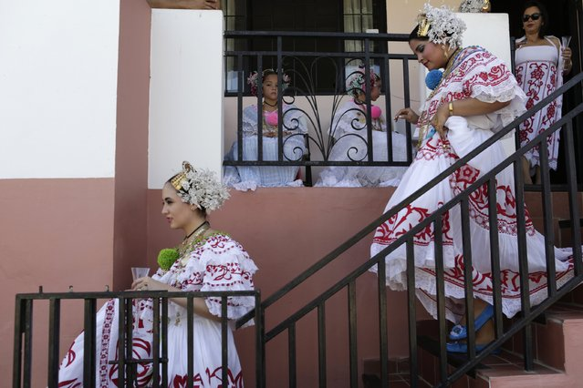 "Women wearing traditional clothing known as ""Pollera"" are seen ready to take part in the annual Thousand Polleras parade in Las Tablas, in the province of Los Santos January 10, 2015. (Photo by Carlos Jasso/Reuters)"