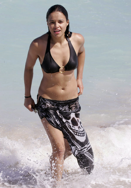 Michelle Rodriguez during Michelle Rodriguez Sighting on South Beach on March 29, 2007 in Miami Beach, FL, United States. (Photo by John Parra/WireImage)