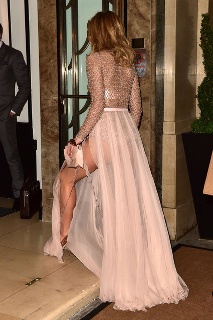 Suki Waterhouse attends The London Evening Standard British Film Awards at Claridge's Hotel on December 8, 2016 in London, England. (Photo by SilverHub Media)