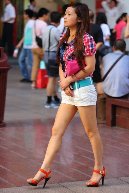 """Blue ribbon"". Shanghai, 2012. (Asian (Street) Impressions)"