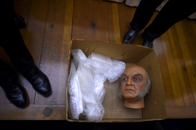 The head of a wax figure of President John Quincy Adams is removed for transportation after it was  purchased from an auction of the Hall of Presidents Museum, which closed in November, in Gettysburg, Pennsylvania, U.S. January 14, 2017. (Photo by Mark Makela/Reuters)