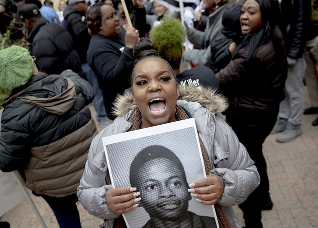 Brittani Smith chants during a protest against the execution of Rodney Reed on Wednesday, November 13, 2019, in Bastrop, Texas. Protesters rallied in support of Reed's campaign to stop his scheduled Nov. 20 execution for the 1996 killing of a 19-year-old Stacy Stites. New evidence in the case has led a growing number of Texas legislators, religious leaders and celebrities to press Gov. Greg Abbott to intervene. (Photo by Nick Wagner/Austin American-Statesman via AP Photo)