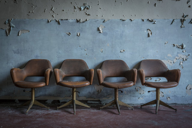 Four leather waiting chairs. (Photo by Thomas Windisch/Caters News)