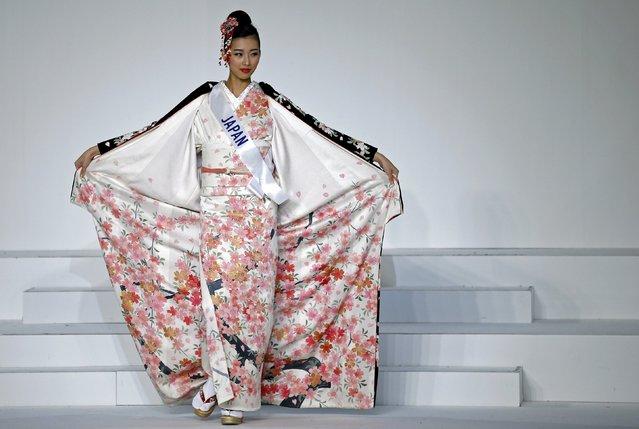 Arisa Nakagawa representing Japan poses in a national dress during the 55th Miss International Beauty Pageant in Tokyo, Japan, November 5, 2015. (Photo by Toru Hanai/Reuters)