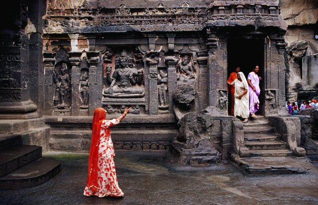 Kailasa Temple (India). The breathtaking Kailasa Temple is dedicated to the god Shiva, it's the world's largest monolithic sculpture, hewn from the rock by 7000 labourers over a 150-year period. (Photo by Richard I'Anson/Lonely Planet Images)