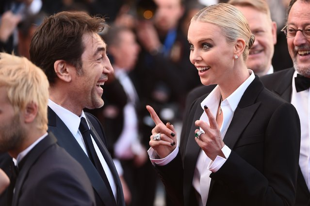"(L-R)  Actors Javier Bardem and actress Charlize Theron attend ""The Last Face"" Premiere during the 69th annual Cannes Film Festival at the Palais des Festivals on May 20, 2016 in Cannes, France. (Photo by Ian Gavan/Getty Images)"