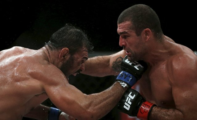 Rogerio Nogueira (L) of Brazil fights with Mauricio Rua of Brazil during the Ultimate Fighting Championship (UFC) match, a professional mixed martial arts (MMA) competition in Rio de Janeiro, Brazil August 1, 2015. (Photo by Ricardo Moraes/Reuters)