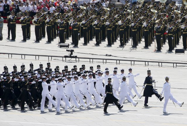 Mexican soldiers march during a military parade to mark the 70th anniversary of the end of World War Two, in Beijing, China, September 3, 2015. (Photo by Reuters/China Daily)