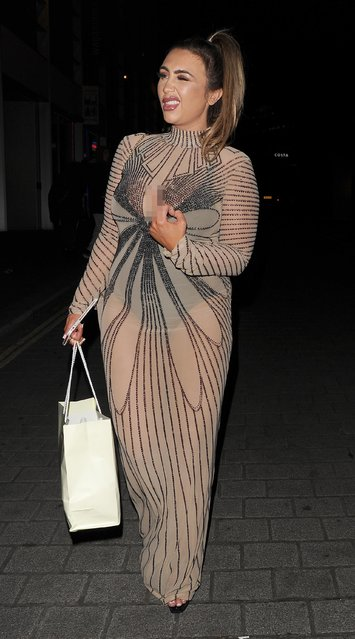 Lauren Goodger attends The Beauty Awards with OK! in London, England on November 28, 2017. (Photo by Vantage News)