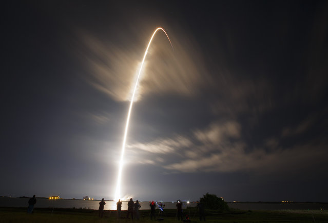 The unmanned Falcon 9 rocket launched by SpaceX, on a cargo resupply service mission to the International Space Station, lifts off from the Cape Canaveral Air Force Station in Cape Canaveral, Florida, January 10, 2015. (Photo by Scott Audette/Reuters)