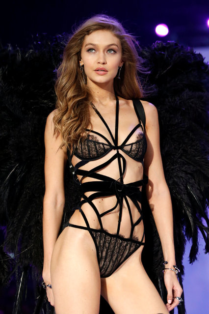 Model Gigi Hadid presents a creation during the 2016 Victoria's Secret Fashion Show at the Grand Palais in Paris, France, November 30, 2016. (Photo by Charles Platiau/Reuters)