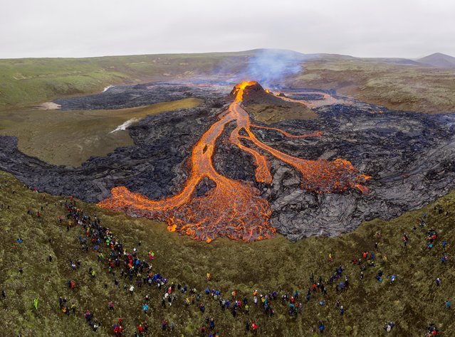 A view of the volcanic site on the Reykjanes Peninsula in Iceland, March 21, 2021. (Photo by Cat Gundry-Beck/Reuters)