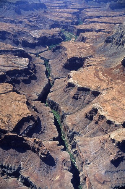The Grand Canyon (USA). Layers of colour crack open the Colorado plateau, up to 1.6km deep and 29km wide in places. Its sheer immensity makes it one of the most impressive gorges in the world. (Photo by Roberto Soncin Gerometta/Lonely Planet Images)