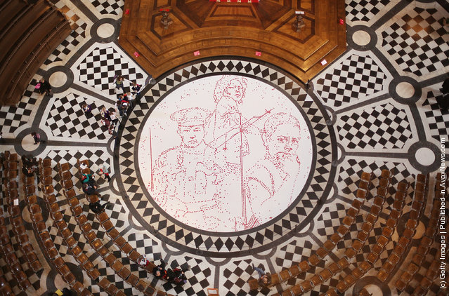 Artwork Unveiled in St Paul's Cathedral To Support The Poppy Appeal