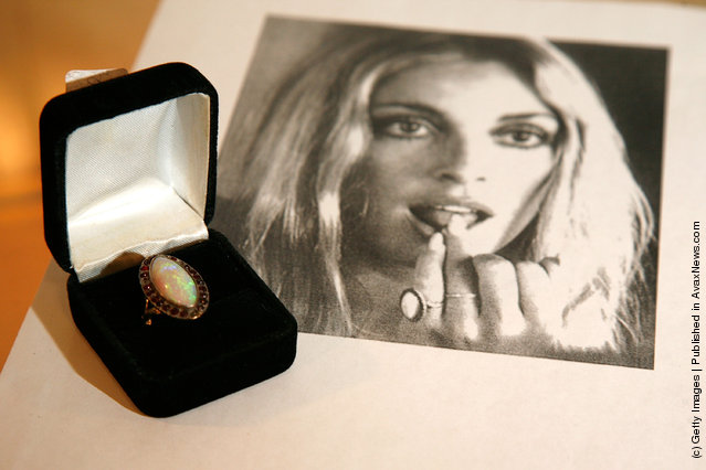 Sharon Tate's engangement ring from Roman Polanski