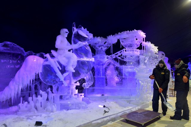 A view shows a Star Wars scene at the ice sculpture festival in Liege, Belgium, November 13, 2015. (Photo by Eric Vidal/Reuters)