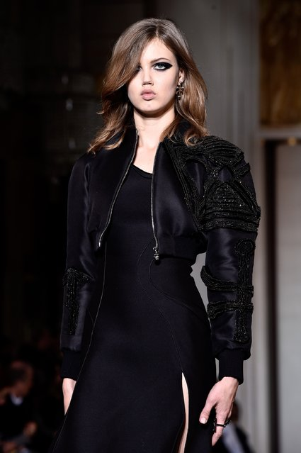 Model Lindsey Wixson walks the runway during the Versace show as part of Paris Fashion Week Haute Couture Spring/Summer 2015 on January 25, 2015 in Paris, France. (Photo by Pascal Le Segretain/Getty Images)