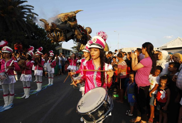 Tunisian girls march in a parade during the Aoussou Carnival in Sousse, Tunisia July 26, 2015. (Photo by Anis Mili/Reuters)