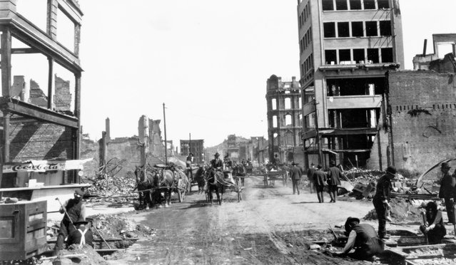 The devastation caused by the San Francisco earthquake on Kearny Street, 1906. (Photo by Jack London/Courtesy of Contrasto)