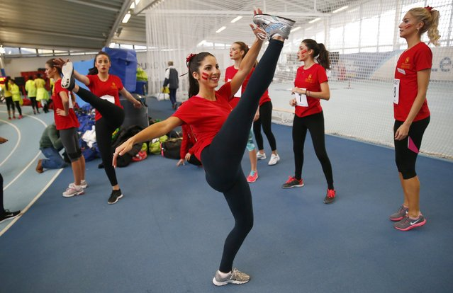 Miss Gibraltar Shane Azzopardi warms up before the Miss World sports competition at the Lee Valley sports complex in north London, November 26, 2014. (Photo by Andrew Winning/Reuters)