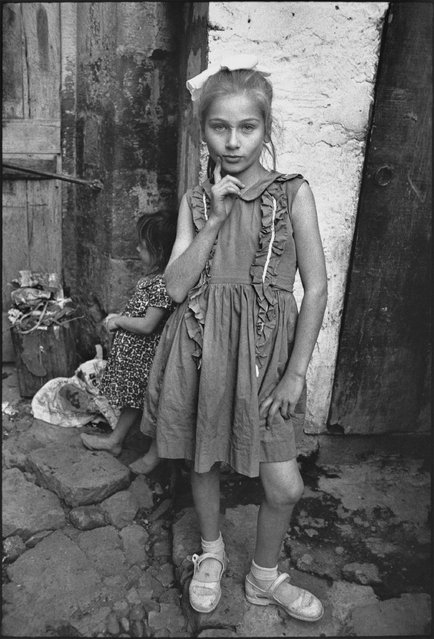 Beautiful Emine posing, Trabzon, Turkey, 1965. (Photo by Mary Ellen Mark)