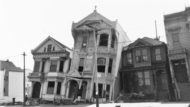 Buildings damaged by the San Francisco earthquake, 1906. (Photo by Jack London/Courtesy of Contrasto)